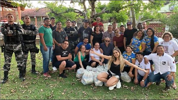Em ação social surpresa, cantora Lexa distribui alimentos a famílias carentes na Paraíba